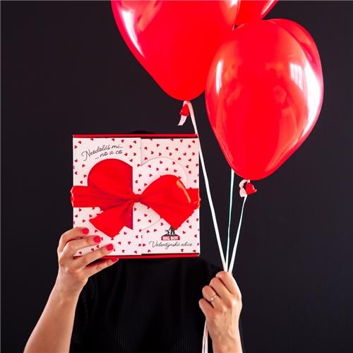 Valentínska krabička BIG BOY s červenou mašľou